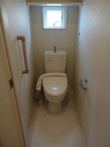 神奈川県川崎市多摩区 戸建 壁紙張替 クロス トイレ Before